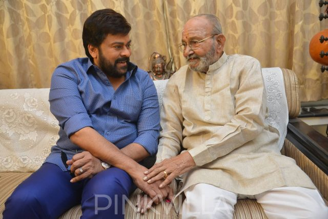 Chiranjeevi meets and congratulates Kasinathuni Viswanath on being conferred the Dadasaheb Phalke Award