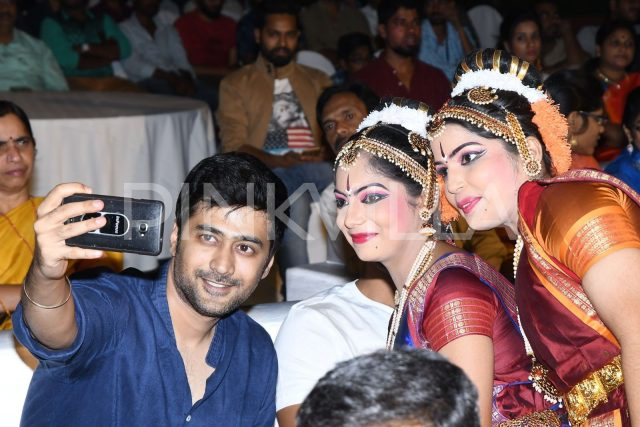 Rahul Ravindran obliges for a selfie