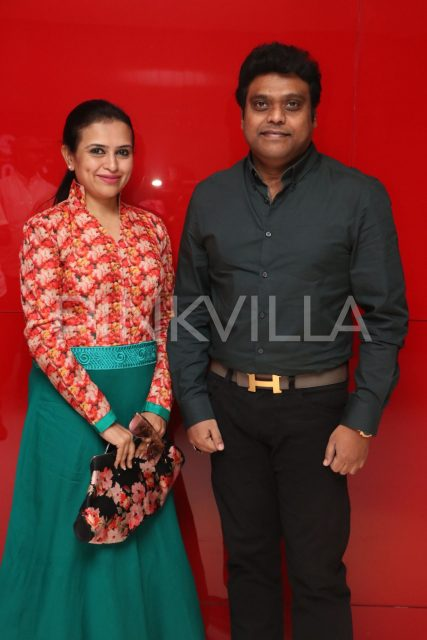 Harris Jayaraj with wife Suma