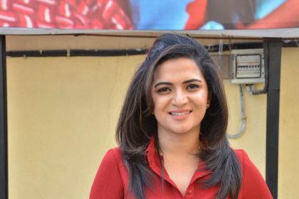 Dhivyadharshini at Magalir Mattum audio launch