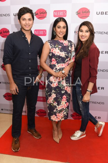 Regina Cassandra with guests at the event