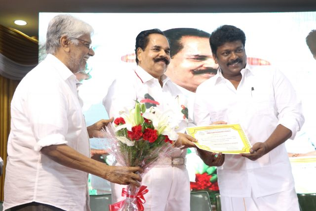 Parthiban with members of the council