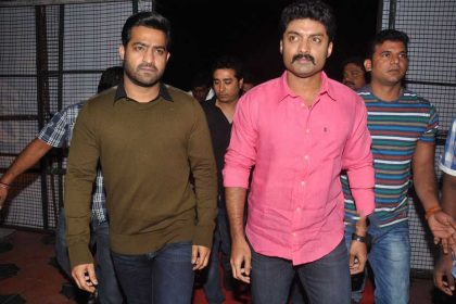 Nandamuri Kalyan Ram with brother Jr NTR