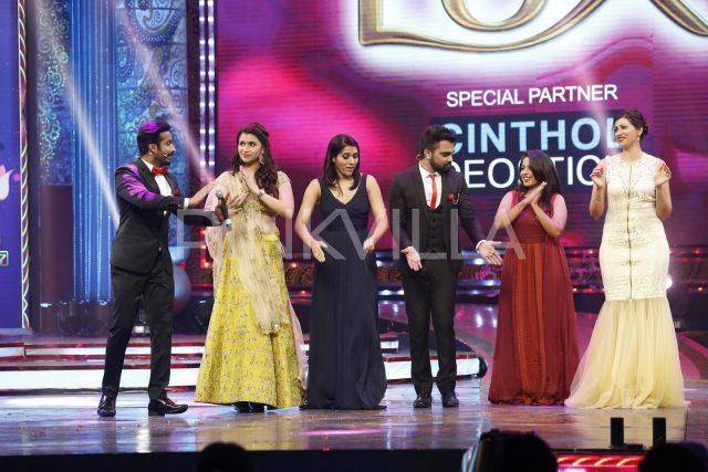 Mannara Chopra, Rashmi Gautam, Jahnavi Dasetty and Hamsa Nandini