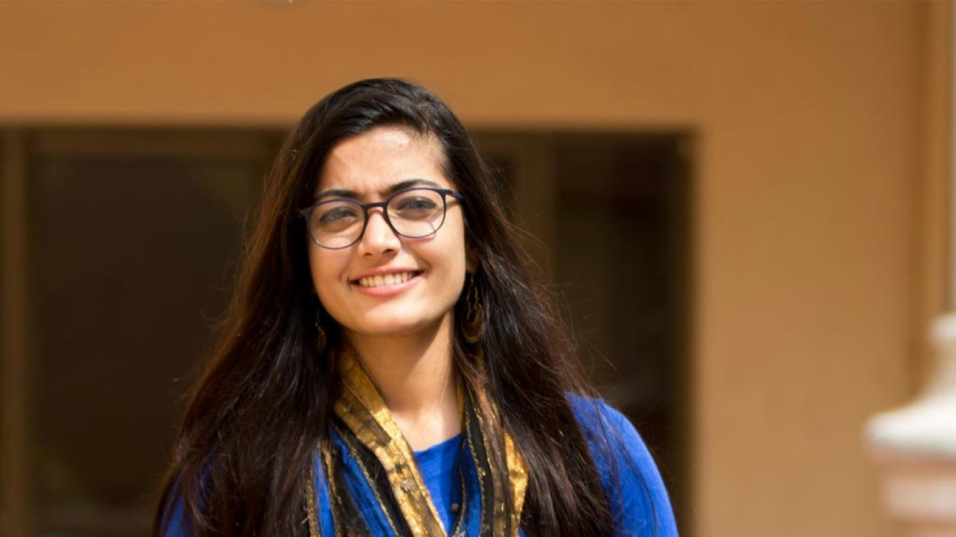 Kirik Party actor Rashmika Mandanna flooded with offers from other language industries too?