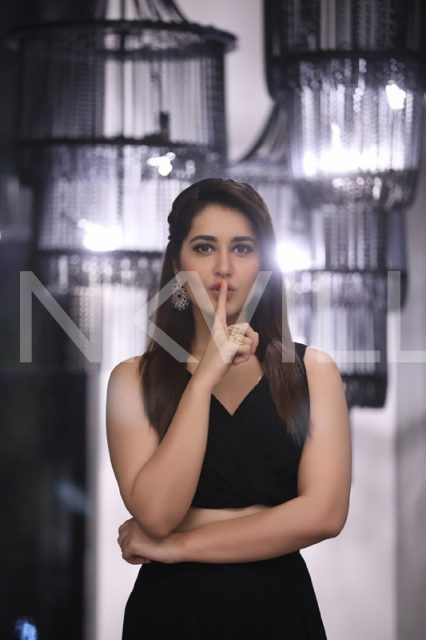Raashi Khanna at the launch of Dr. Copper Water Bottles