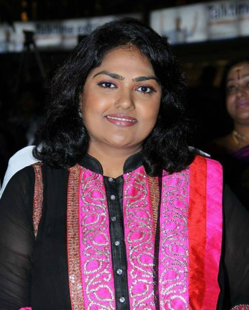 Yesteryear actress Nirosha eyes a comeback in Telugu cinema