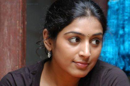 Actress Padmapriya all set to return to Telugu cinema