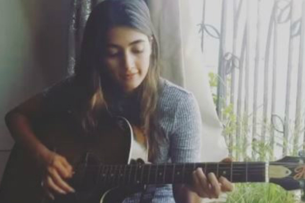 Watch: Duvvada Jagannadham actress Pooja Hegde is a singer too