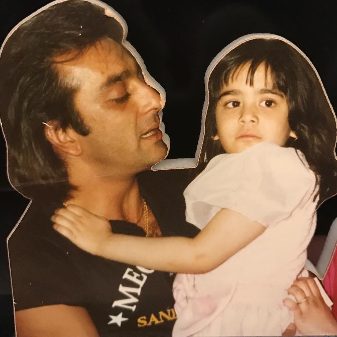 बेटी त्रिशाला के साथ संजय दत्त