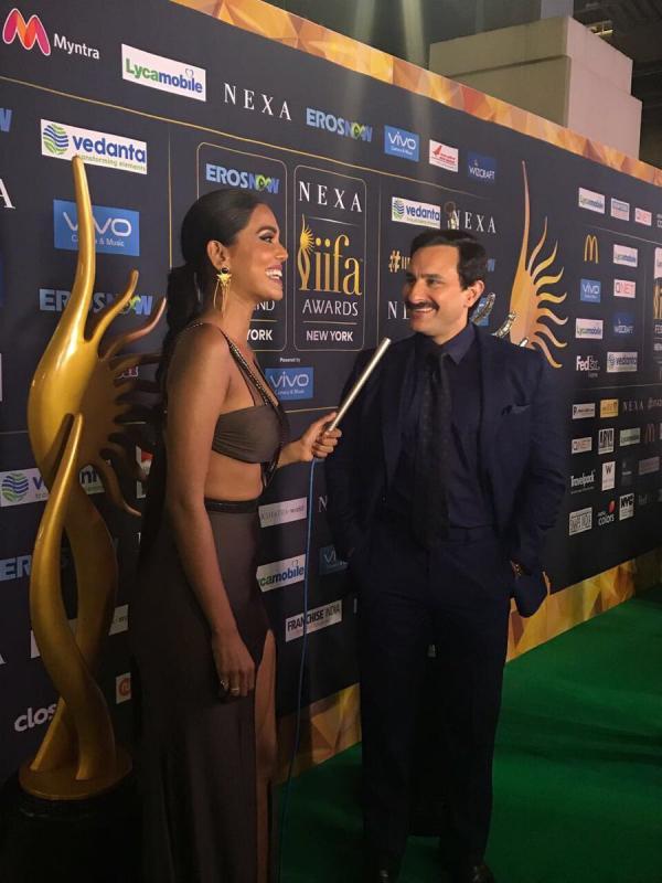 मीडिया से बात करते हुए सैफ अली खान