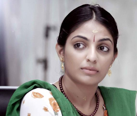 Photos of Malayalam actress Mythili get leaked online; Police arrest a production house employee
