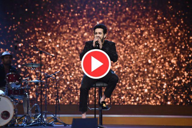 Akhil Akkineni surprises everyone at SIIMA with his singing skills