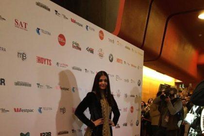 ऐश्वर्या राय बच्चन IFFM 2017के रेड कारपेट पर चली
