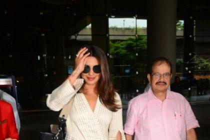 मुंबई एअरपोर्ट पर कुछ ऐसा रहा प्रियंका का LOOK
