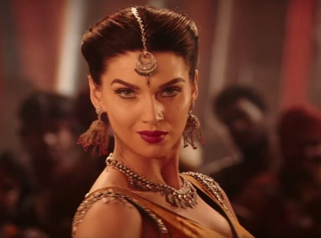 Baahubali actress Scarlett Wilson slaps a co-actor for misbehaving on the sets of her Hindi film