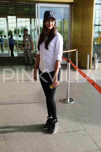 Airport Diaries: Pooja Hegde spotted in a uber cool look in Mumbai
