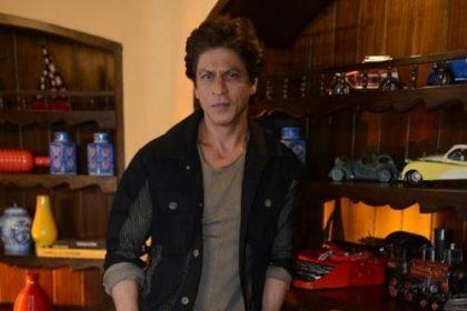 शाहरुख़ खान इस फिल्म में बौने का किरदार करते हुए आयेंगे नज़र