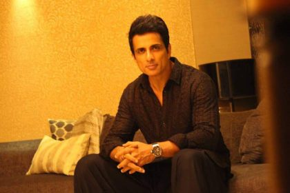Sonu Sood to play Arjuna in Kannada film Kurkshetra which will be directed by Naganna
