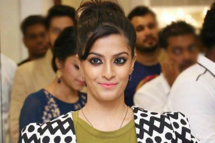 Varalaxmi to play an action-oriented lead role in her next directed by a debutante