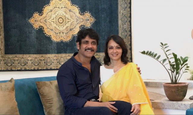 Love you sweetheart: Nagarjuna wishes wife Amala on b'day