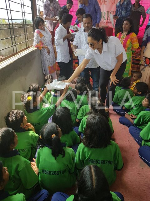Photos: Rakul Preet celebrates birthday with her little fans