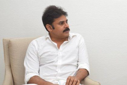 Ahead of a busy schedule, Pawan Kalyan spends some quality with family