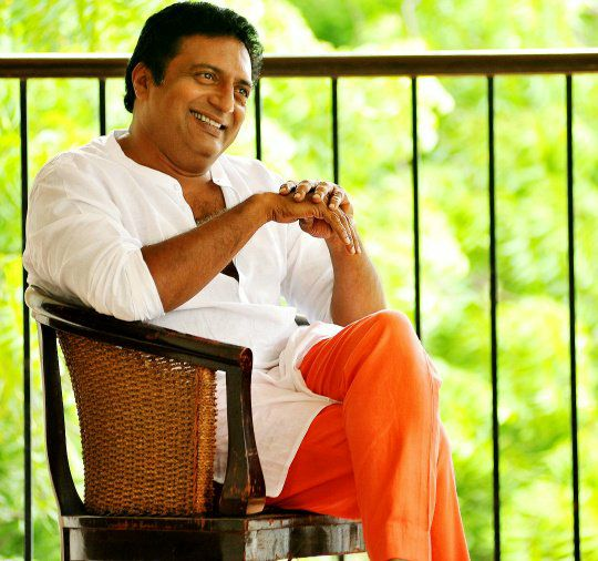 Prakash Raj lashes out at PM Modi on journalist's murder; Says will return the National Awards