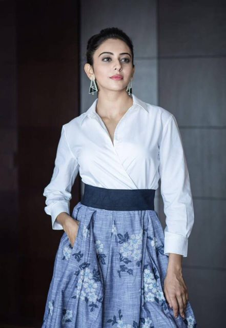 Rakul Preet responds to casting couch issues in Tollywood; Receives flak from Sri Reddy and Madhavi Latha
