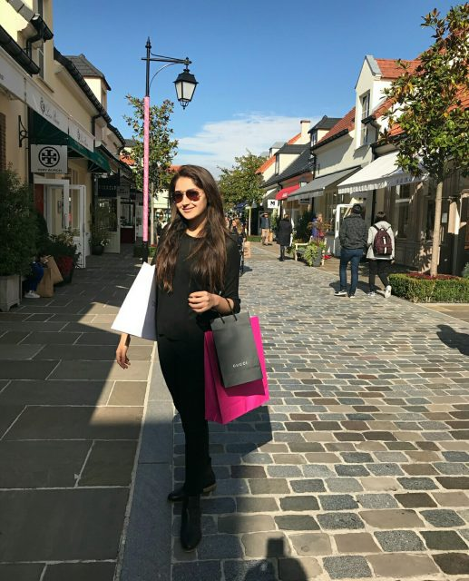 Photos: Shooting for 'Junga', Sayyeshaa has a great time shopping in Paris
