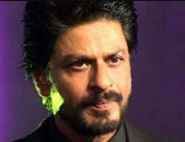 शाहरुख़ खान के प्रवक्ता ने बताया कि ऑफिस के बाहर का कुछ हिस्सा तोडा गया है