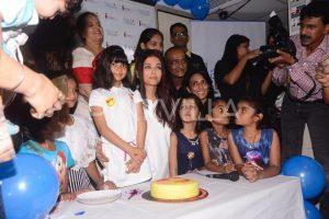 ऐश्वर्या राय बच्चन बेटी आराध्या बच्चन के साथ