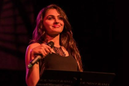 Andrea Jeremiah will sing a song in Mahesh Babu's Bharath Ane Nenu composed by Devi Sri Prasad
