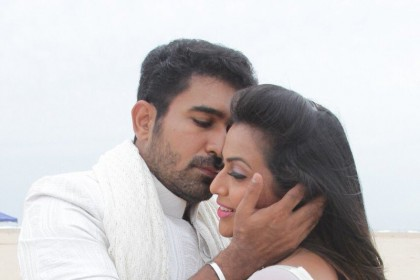These stills of Vijay Antony and Diana Champika will make the wait for Annadurai even more difficult