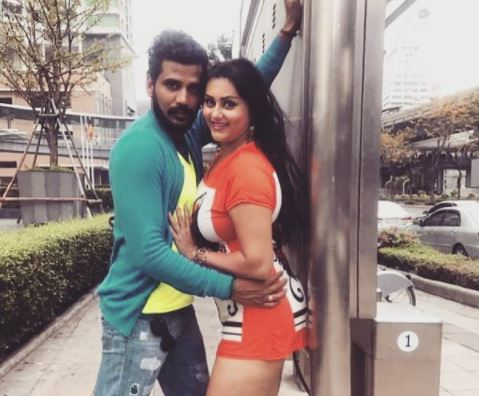 Popular actress Namitha all set to get hitched to beau Veer on November 24