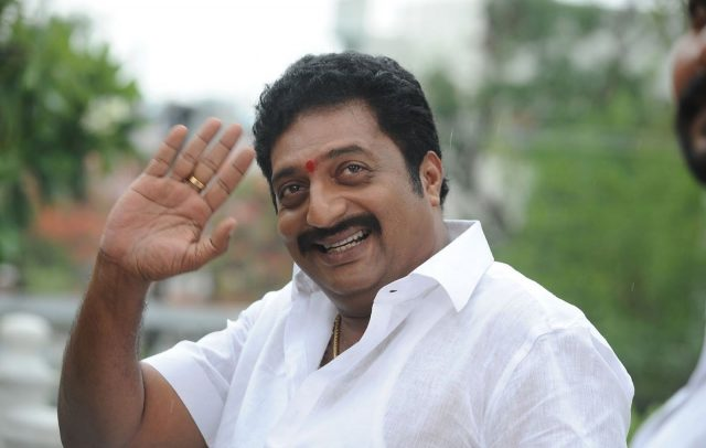 Prakash Raj supports Kamal on 'Hindu extremism'