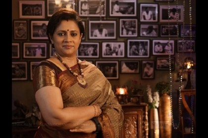 Lakshmy Ramakrishnan walks out of the popular Tamil reality show 'Solvathellam Unmai'