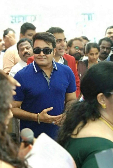 Mohanlal's youthful new look is a treat for his fans
