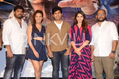 Photos: Allu Sirish attends the teaser launch of Okka Kshanam