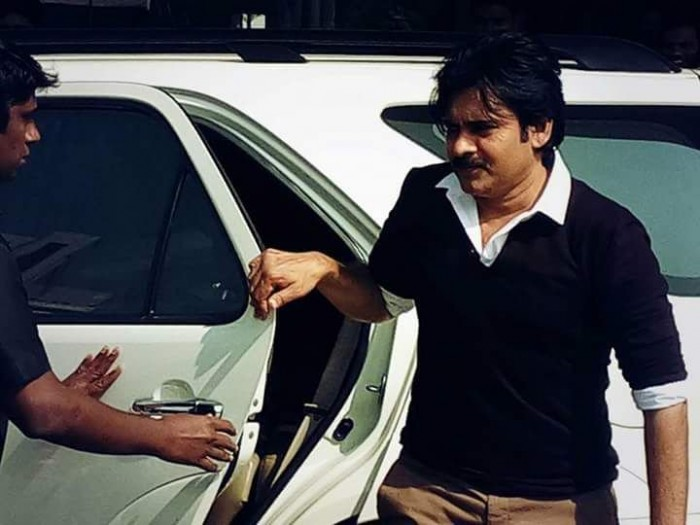 These stills from Pawan Kalyan's Agnyaathavaasi will make the wait difficult