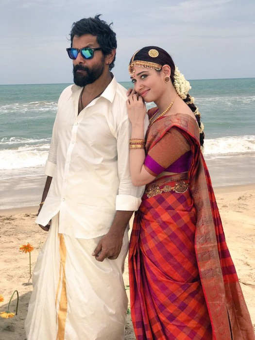 Vikram and Tamannaah make a lovely pair in this still from Sketch
