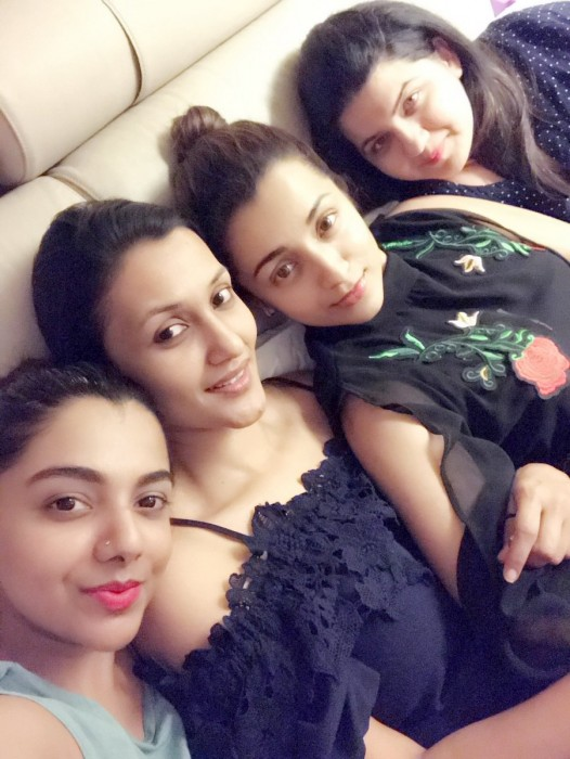 Photo: A lovely Trisha chills with her buddies