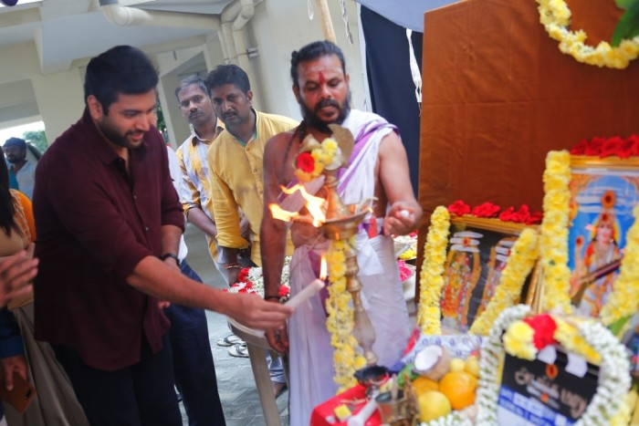Photos: Jayam Ravi's next starring Raashi Khanna is titled 'Adanga Maru' gets launched
