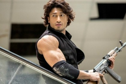 Thuppakki actor Vidyut Jammwal's next is a Hollywood film.