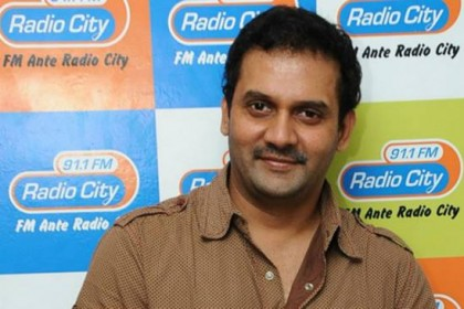 Tollywood actor Vijay Sai commits suicide; Blames wife in a recorded video