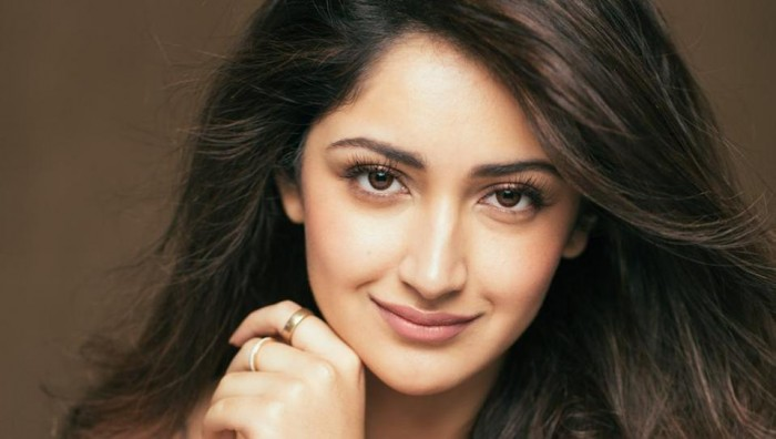 Sayyeshaa's next film opposite Arya begins rolling in Thailand