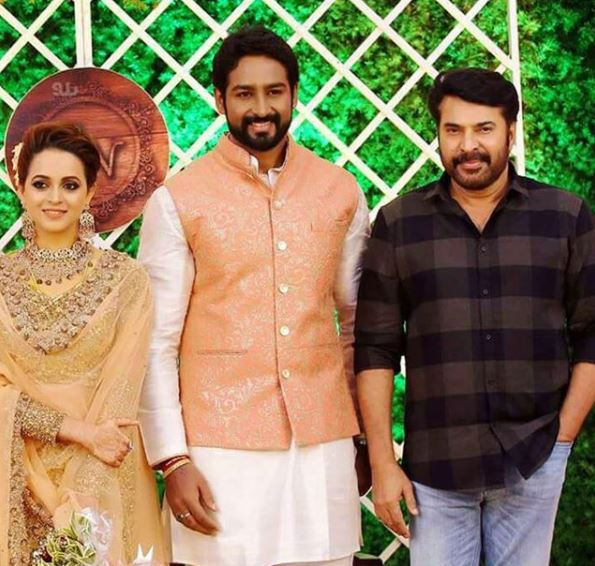 Photos: Manju Warrier, Prithviraj Sukumaran and Mammootty attend the wedding reception of Bhavana