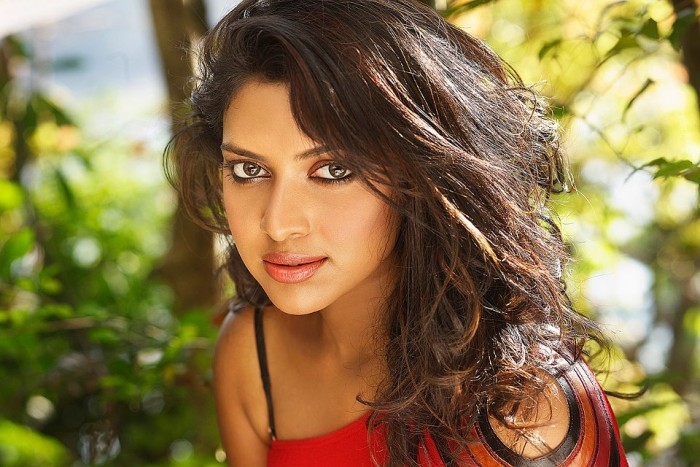 Amala Paul has NOT been arrested in connection with the tax evasion case
