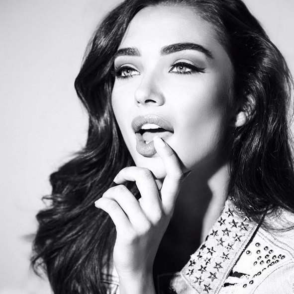 Amy Jackson's latest photo is droolworthy