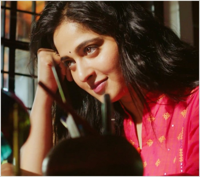 Anushka Shetty comments on the phenomenal response to the 'Bhaagamathie' trailer